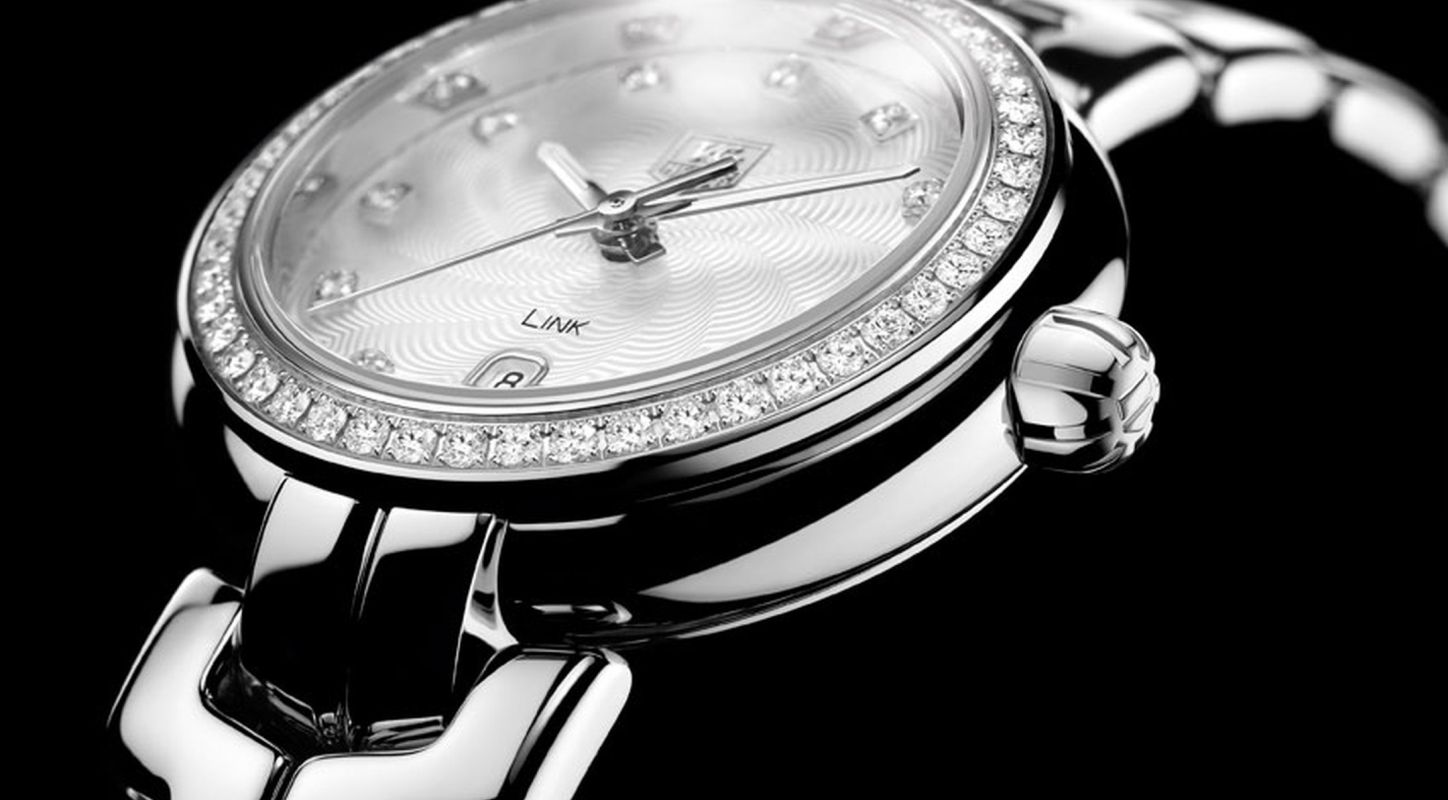 Introducing The Generous and Elegant Tag Heuer Link Lady Diamonds Watch