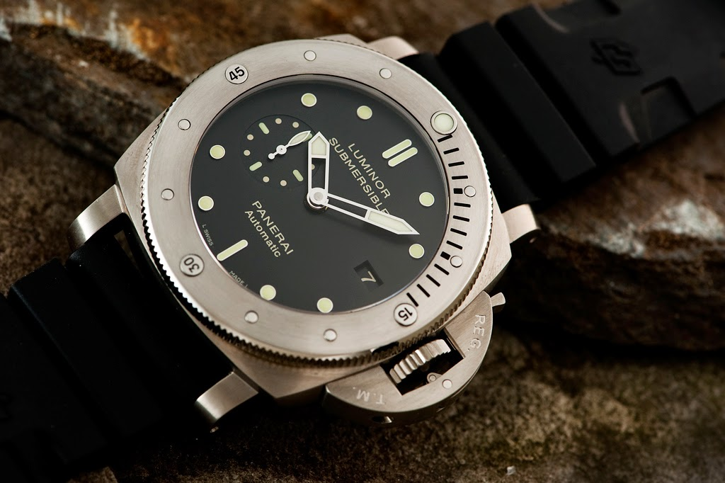 Panerai Luminor Submersible 1950 Dive Watch - PAM 305